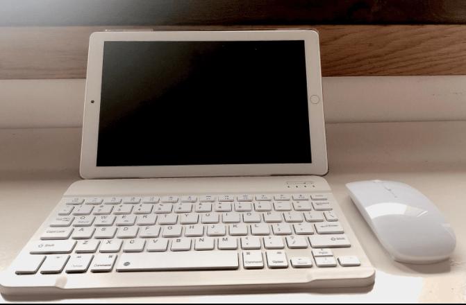 tablet-yotopt-con-teclado-y-raton